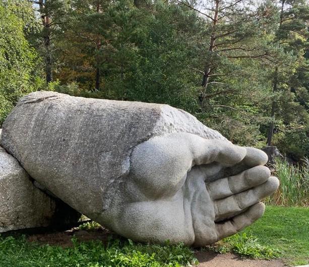 8-au Sidobre la scuplture de granit