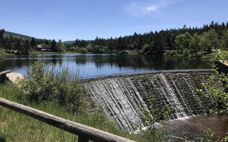 Lac amont